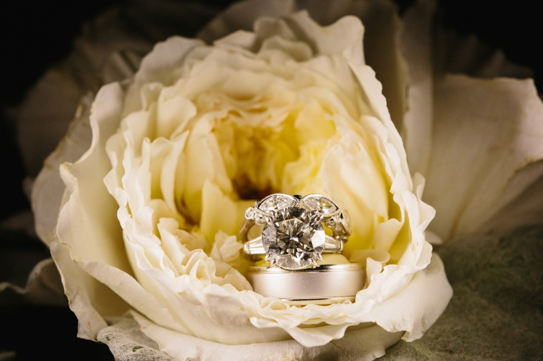 The wedding rings in a flower.